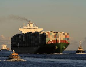 header_cargo_ship