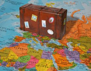 header_suitcase